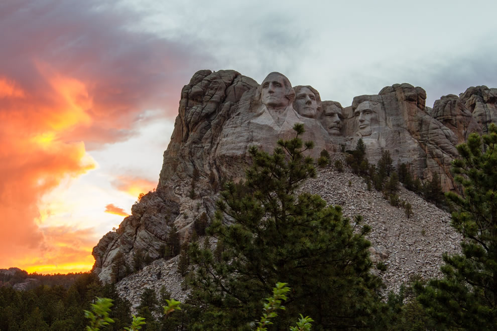 Mount Rushmore during sunset