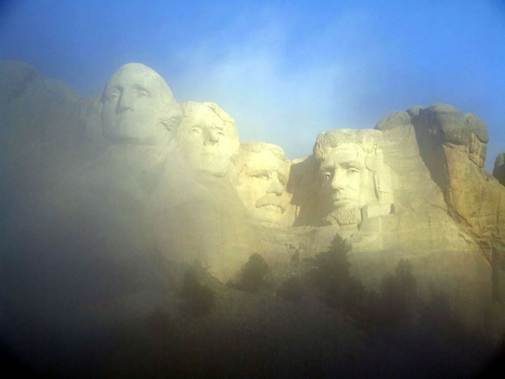 Mount Rushmore in the fog