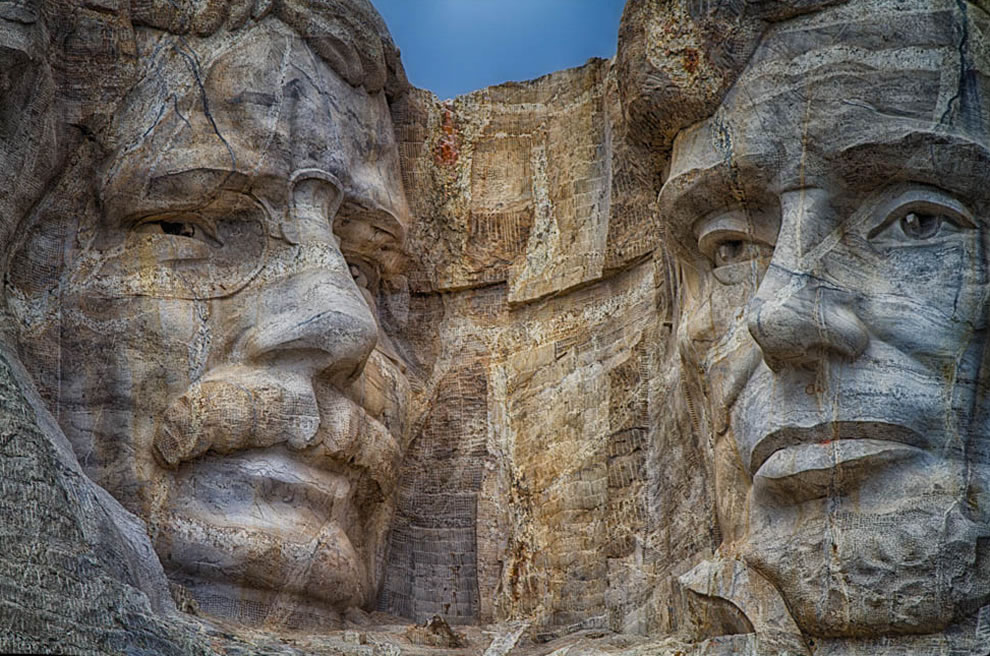Roosevelt and Lincoln - Mt Rushmore