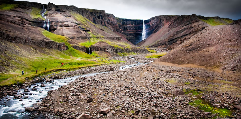 At 387 ft (118 m), Hengifoss has been called Iceland's 3rd tallest waterfall