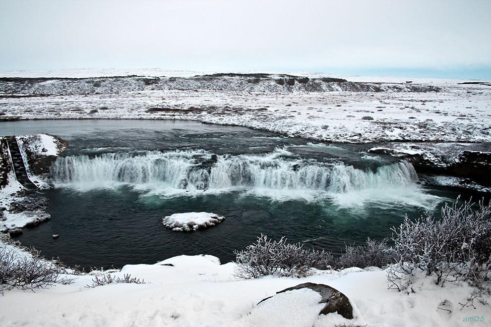 Frozen south Iceland and Faxi, Vatnsleysufoss, waterfall