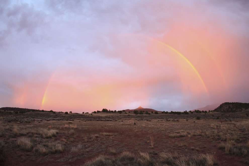New Mexico, a gathering double rainbow