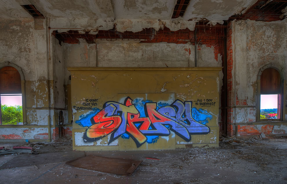 Old school, new graffiti, abandoned School in East Liberty, Pittsburgh