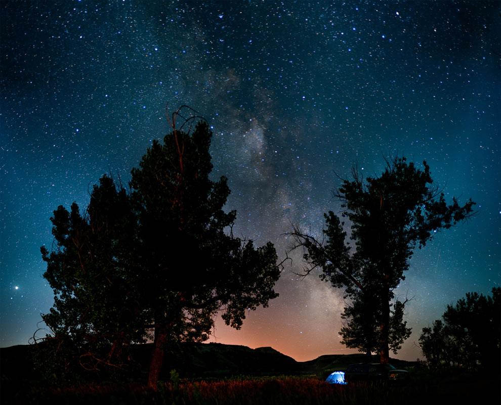 Camping under the stars at Theodore Roosevelt National Park, North Dakota