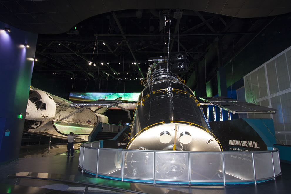 Space Shuttle Atlantis and full scale replica of the Hubble Space Telescope