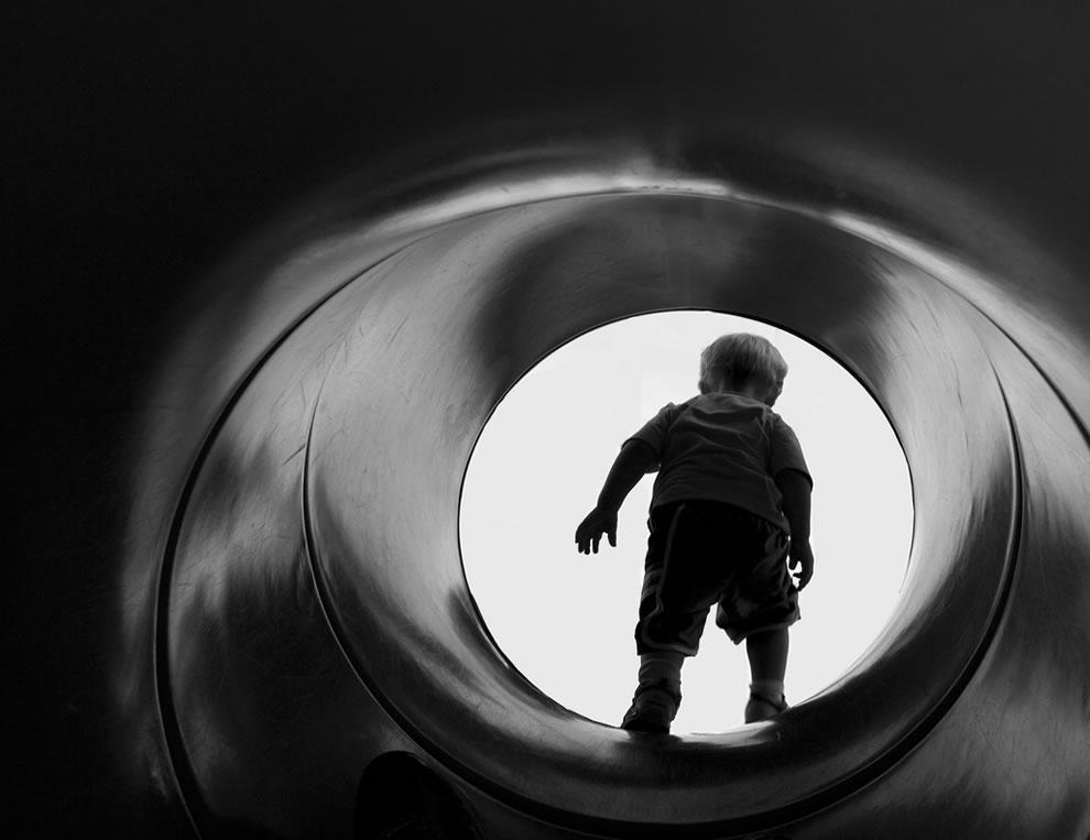 Tiny Bond, James Bond