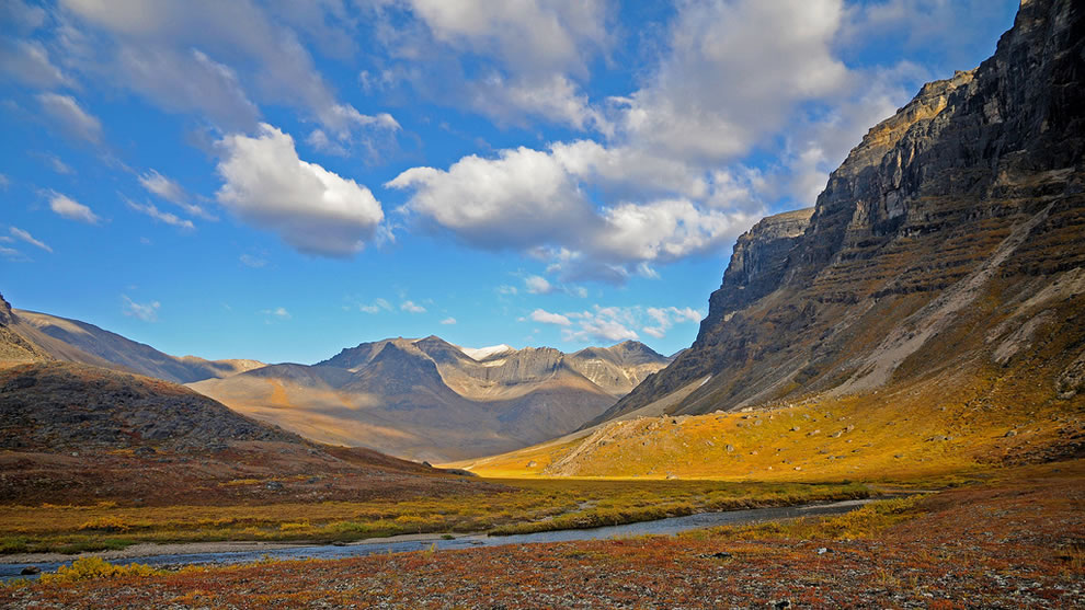 June sunshine on Gates of the Arctic National Park and Preserve