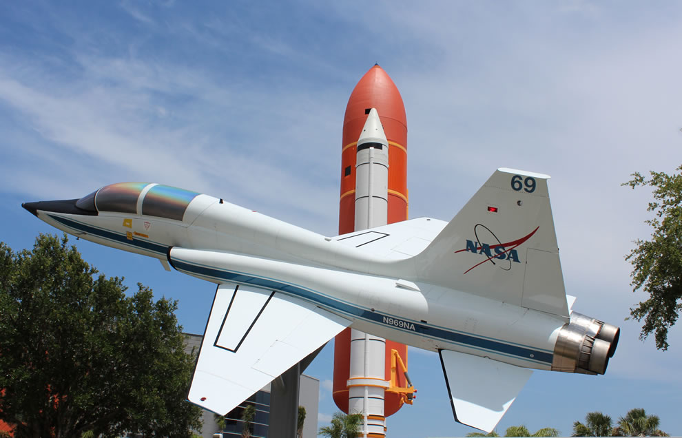 NASA jet and Atlantis space shuttle stack at Kennedy Space Center