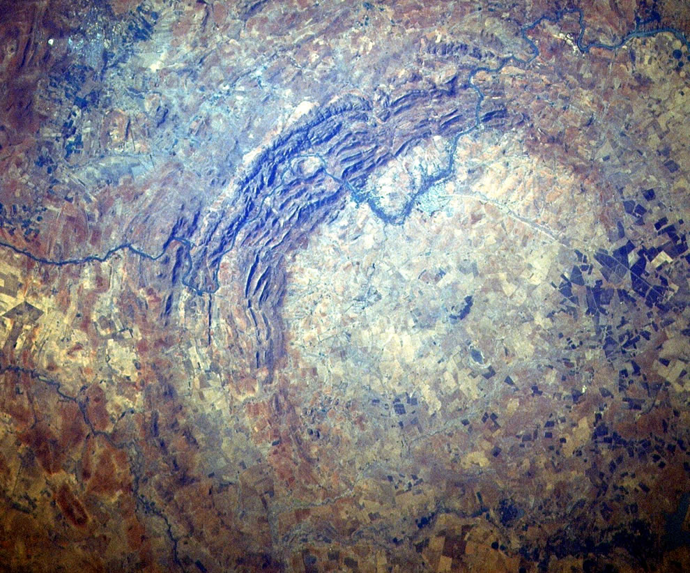 Vredefort Crater, Vredefort Dome