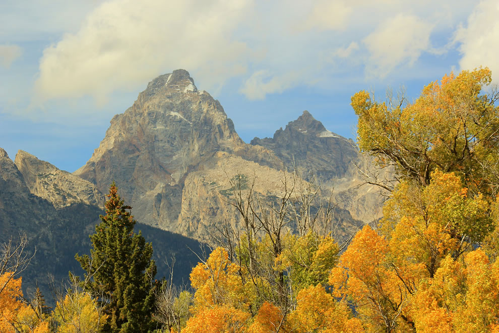 Autumn in Wyoming fall foliage