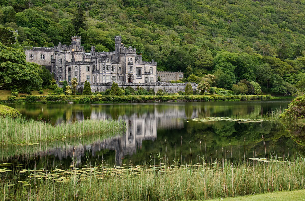 Kylemore Abbey in Connemara is about 5km from Connemara National Park