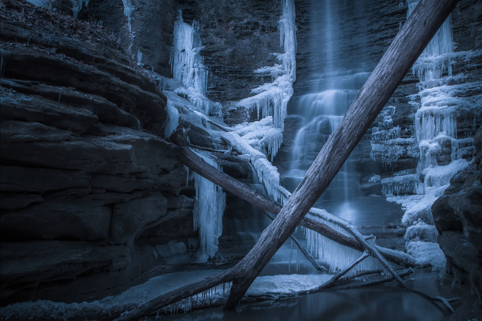 Ice Cave at Matthiessen State Park