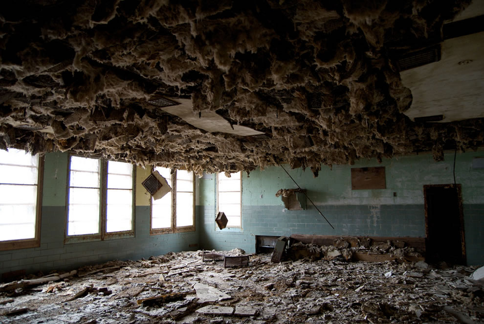 Asbestos hell at abandoned asylum Forest Haven