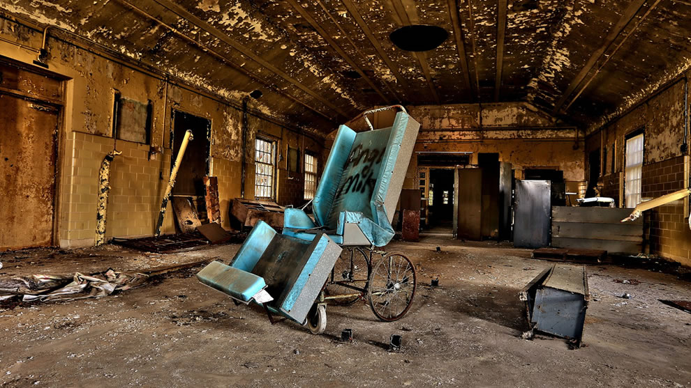 Therapy and wheelchair at Forest Haven, abandoned since 1991