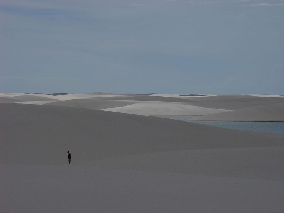 Alone in the desert, looking for oasis at Lencois Maranhenses