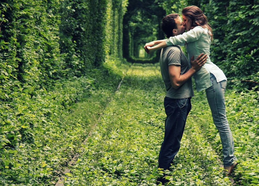Kissing in the Tunnel of Love