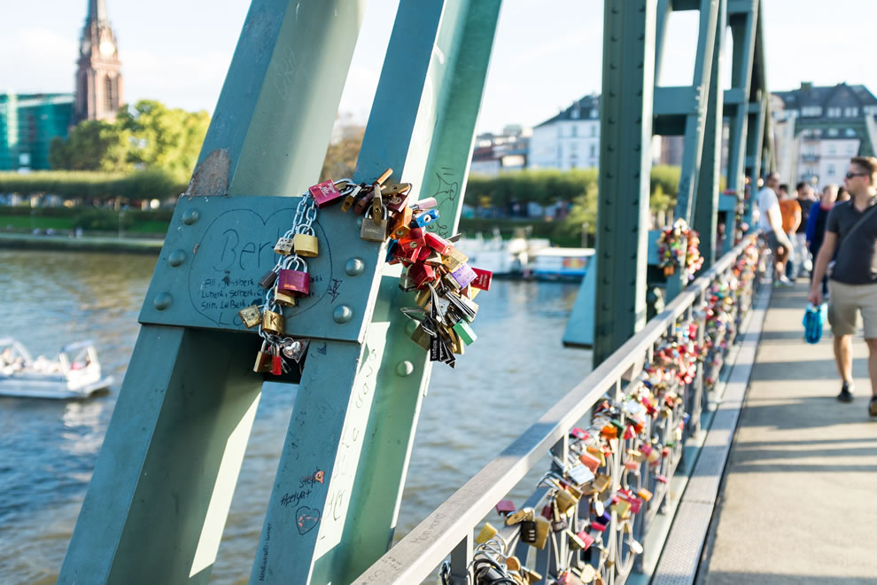 Lovelocks, Frankfurt