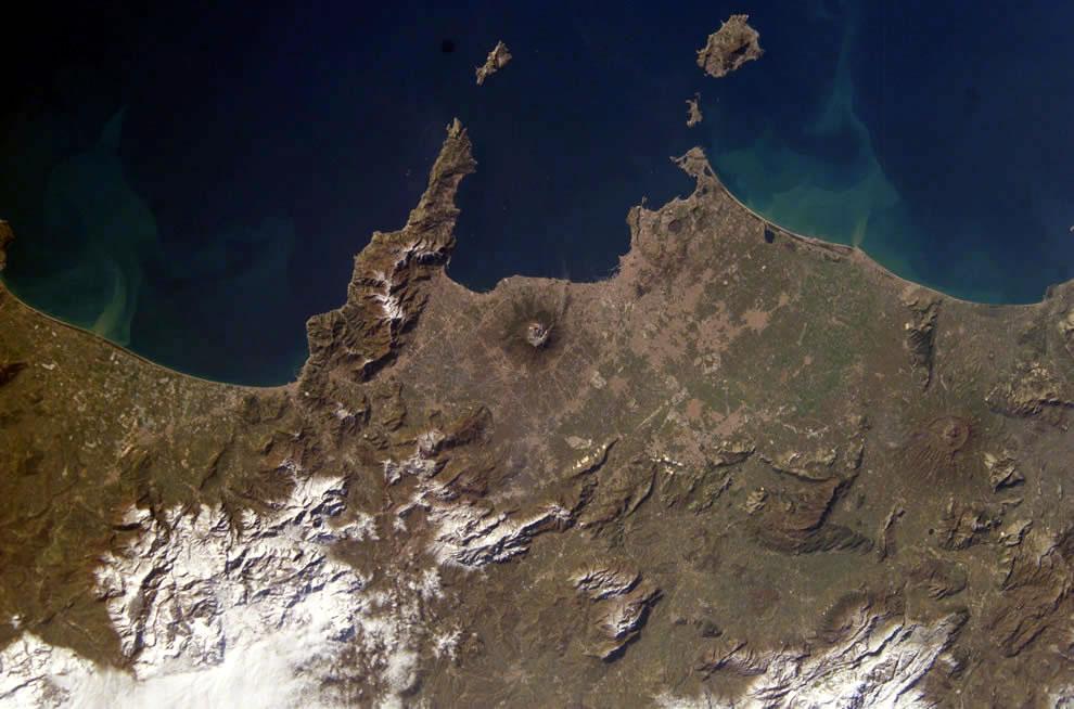 Mount Vesuvius, Naples and Isle of Capri