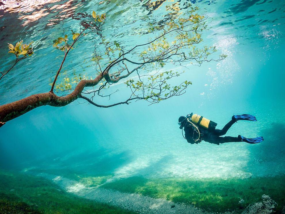 Scuba diver in Green Lake, Tragoss, Austria