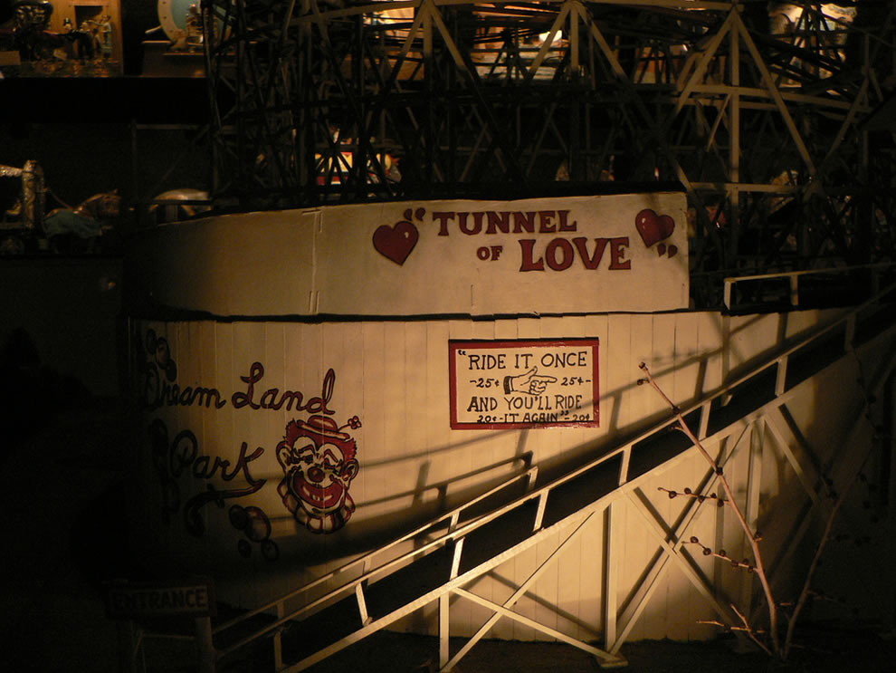 Tunnel of Love at House on the Rock