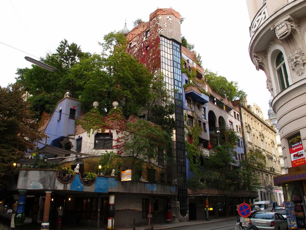 Hundertwasserhaus House expressionist landmark of Vienna