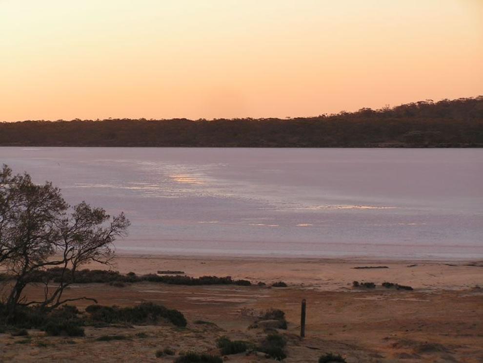 Lake Becking Sunset