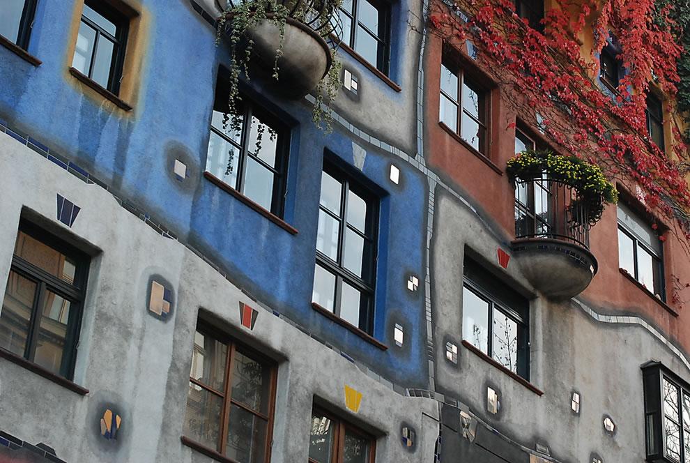 Vienna's Hundertwasser House