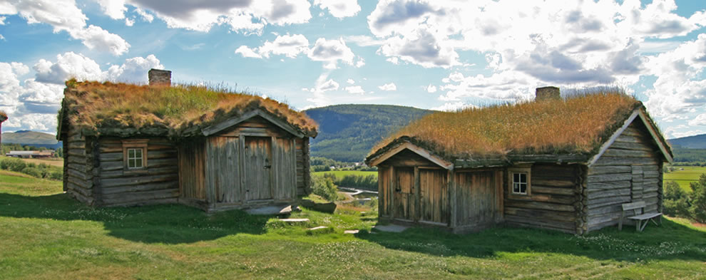 Sod roofs on summer living and winter lounge, Norway