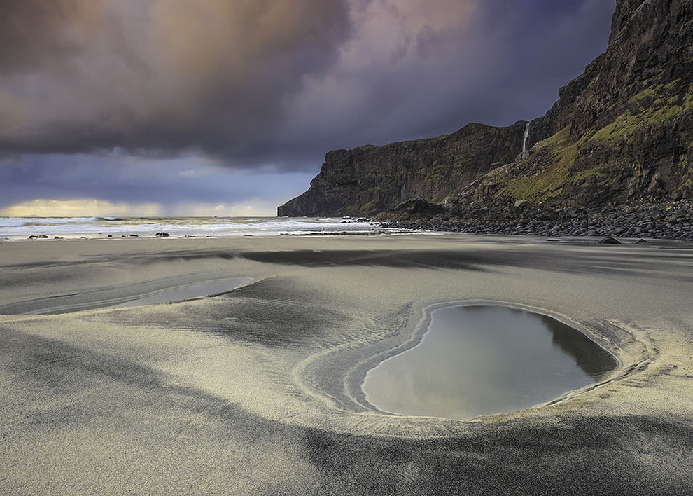 Sands at Talisker Bay on Skye