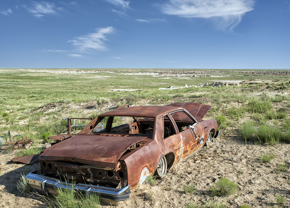 Rusted wreck in the valley of dreams